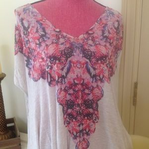 EUC Loose fit print tee. One size fits most
